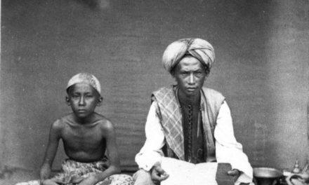 Mengenang Guru: Kisah Santri yang Tak Diajar Ngaji Namun Jadi Kyai