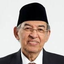 Quraish Shihab: Mufassir Kebanggaan Indonesia yang Membumi