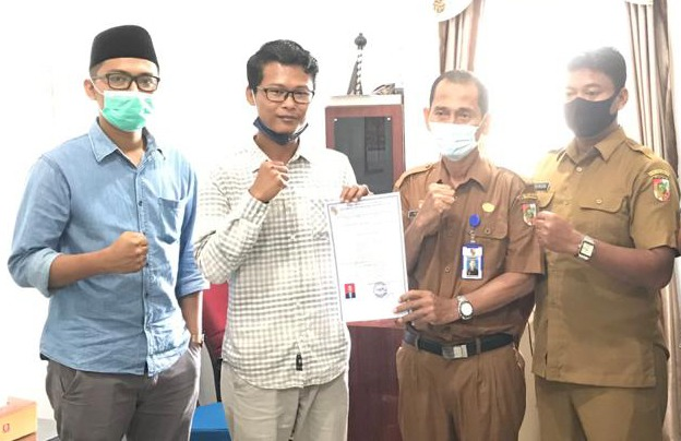 Yayasan Artikula Indonesia Perkuat Literasi Pendidikan di Badan Kesbangpol Kota Pekanbaru